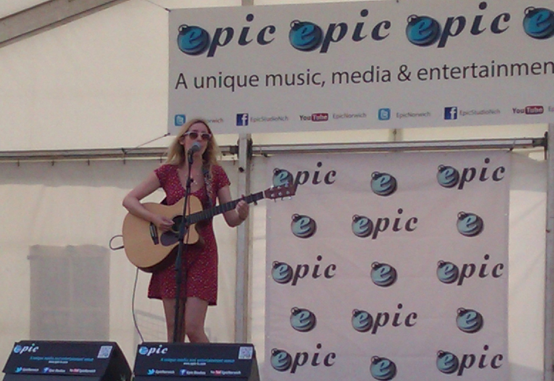 Selis Epic Female Vocals Lisa Redford Above Really Fun Day Singing In The Sunshine At Royal Norfolk Showthanks So Much To Studios For Having Me Play On Stage