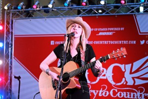Lisa Redford3