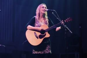 lisa singing smile